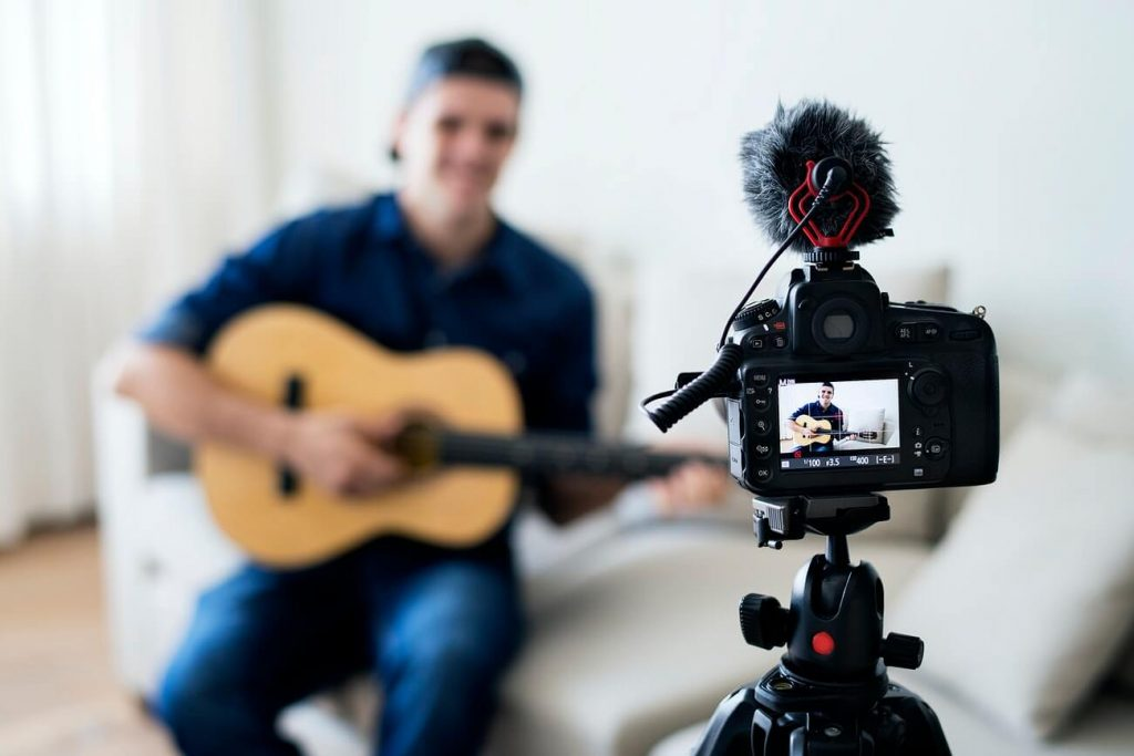 artist vlogging as one of the ways youtube is changing lives